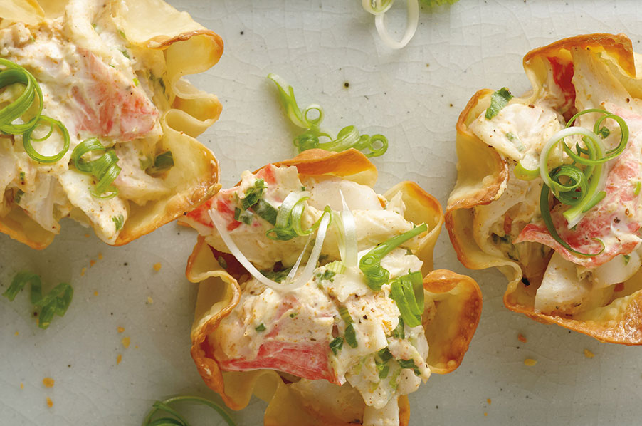 Wonton Cups with Baked Seafood